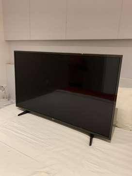 TV LED LG 49inc Dent sudut sudut
