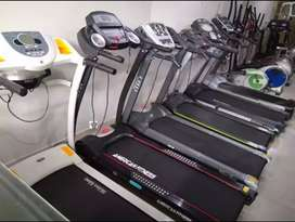 Slightly used Treademills Cycling Ellipticals Home gym Cross trainer