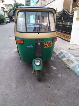 Kachha gaadi auto 2 stroke grocery selling auto