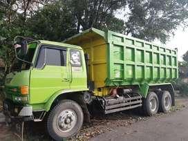 Hino dump truk tronton