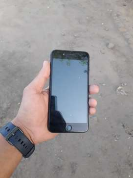 iphone 7 plus in mint condition