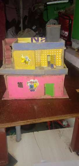 BEAUTIFUL HOUSE MODEL TOY