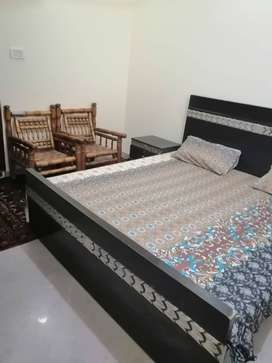 Single bed portion for rent in I-10