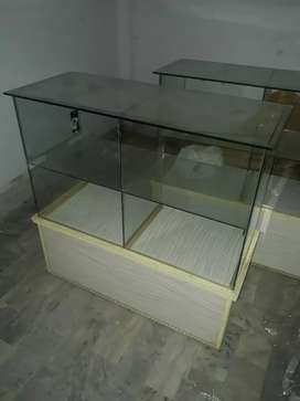 We r selling 3 shop counter A1 condition & made up of glass