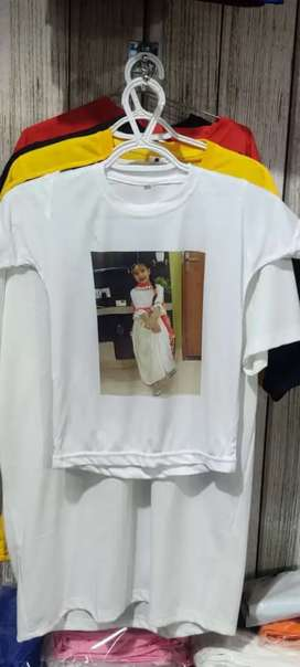 Coustmised t shirt wid ur pic