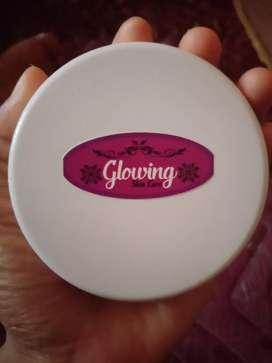 HB glowing lotion pemutih
