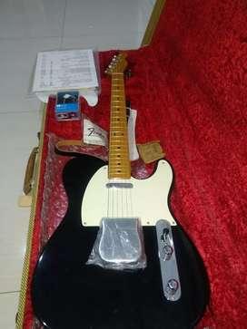 Di jual gitar listrik merek fender