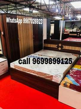 Manufacturing model wood Bedroom set.