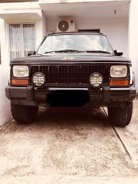 Cherokee / Xj 4x4 Limited 4.000
