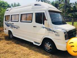 Force Tempo Traveller