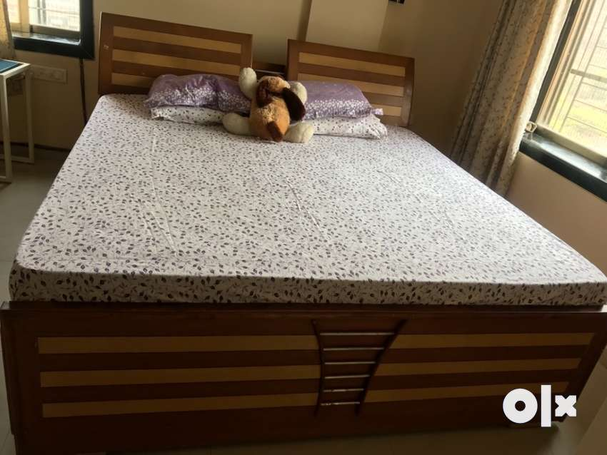 Double bed with storage without matress 0