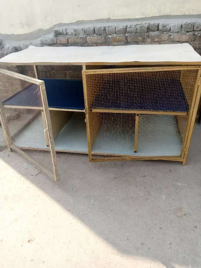 Cage for hens 0