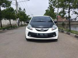 Dp minim! Honda Brio Satya 2014 type E MT