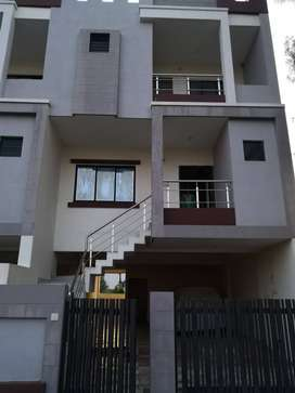 4bhk tenament to give on rent located at Zanzarda road