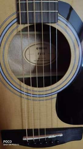 Yamaha F310 Rosewood Acoustic Guitar