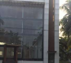 SHOWROOM / OFFICE FOR RENT IN ARAYEDATHPALAM