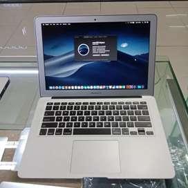 Dibeli terus cash MacBook Pro Air iMac baru bekas dijemput at cod