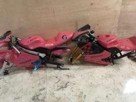 Motor motor GP anak2 . Kondisi tak lengkap