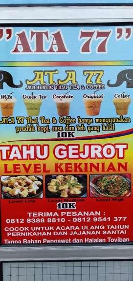 Thai tea dan tahu gejrot cocok untuk acara smua acara