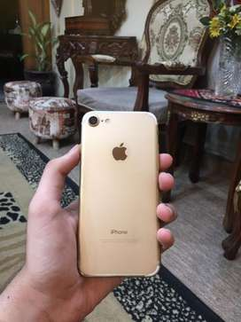 Iphone 7 128gb in excellent condition