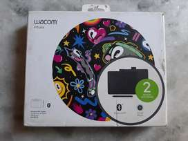 Wacom CTL-4100WL/K0-CX New Intuos Bluetooth Pen Tablet (Black)
