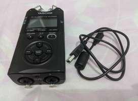 Tascam DR40 versi 2 Voice Recorder