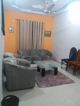 Apartment 3bed DD roof gulistan e johar is available for urgent sale