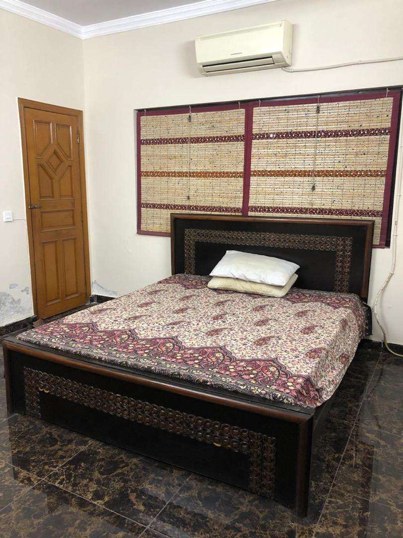 Fully Furnished Bed Room For Single In DHA 0