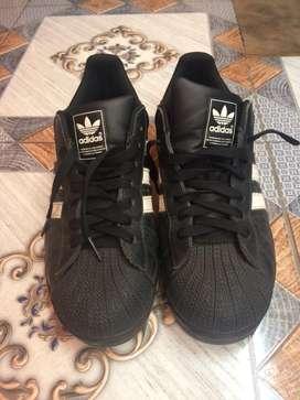 Adidas superstar no 40 blcak white bkn nike puma