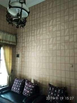 Decor dinding dong mu dengan wallpaper motif cantik