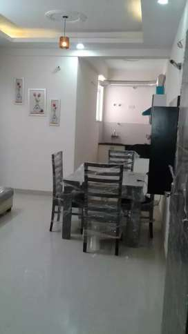 2 BHK FULLY FURNISHED LUXURIOUS FLAT READY TO MOVE NEAR BY GYAN VIHAR