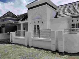 Rumah Cantik Putih Mulus Cluster Condongcatur,Anggajaya