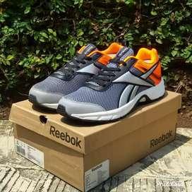 Sepatu Reebok Pheehan Run 4.0 SE BNIB