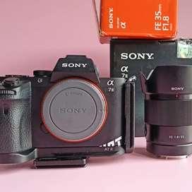 Lensa sony FE 35mm F1.8