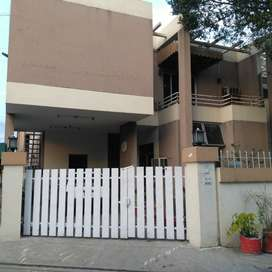 Beautiful house in Gulberg 2 for rent