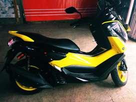 JuaL Yamaha NMAX 2015 warna Hitam kilometer rendah