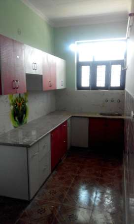3BHK Rent Property Available IN Ashoka Enclave Sector 37 (98735O3331)