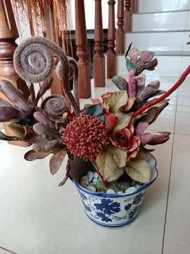 Pot bunga hiasan aesthetic