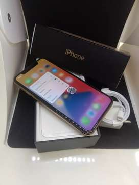 APPLE IPHONE 11PRO 64GB GOLD COLOR FLAWLESS CONDITION