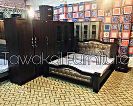 Full sizw king pillar modern bed with set in newly Weds.(s,678)