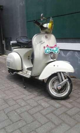 Dijual Vespa Super 1966