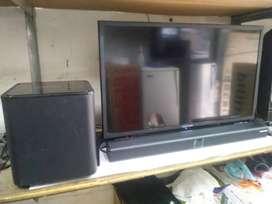 TV LED 32 Inch Merk POLYTRON Model SOUNDBAR + SUBWOOFER Kondisi Bagus