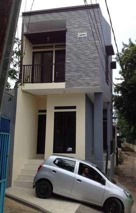Rumah 2 Lantai Siap Huni Semi Furnished & murah masuk mobil, Kebagusan