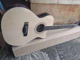 Gitar akustik elektrik new Natural wood