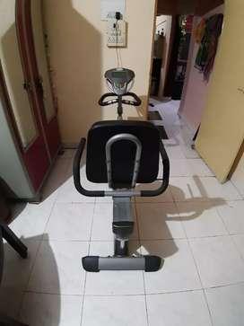 Electric digital gym cycle