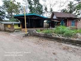 Rumah dekat sungai progo