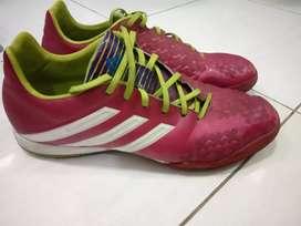 Sepatu futsal adidas predator original 100%