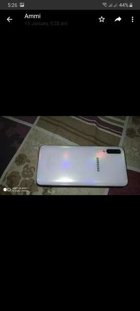 Samsung A70 new condition 7month warranty left all accessories