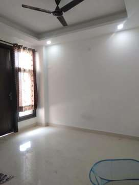 2bhk builder floor in saket