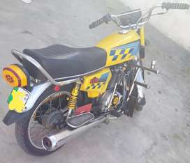 I want to sale my honda 125 model 1997 Lahore registration